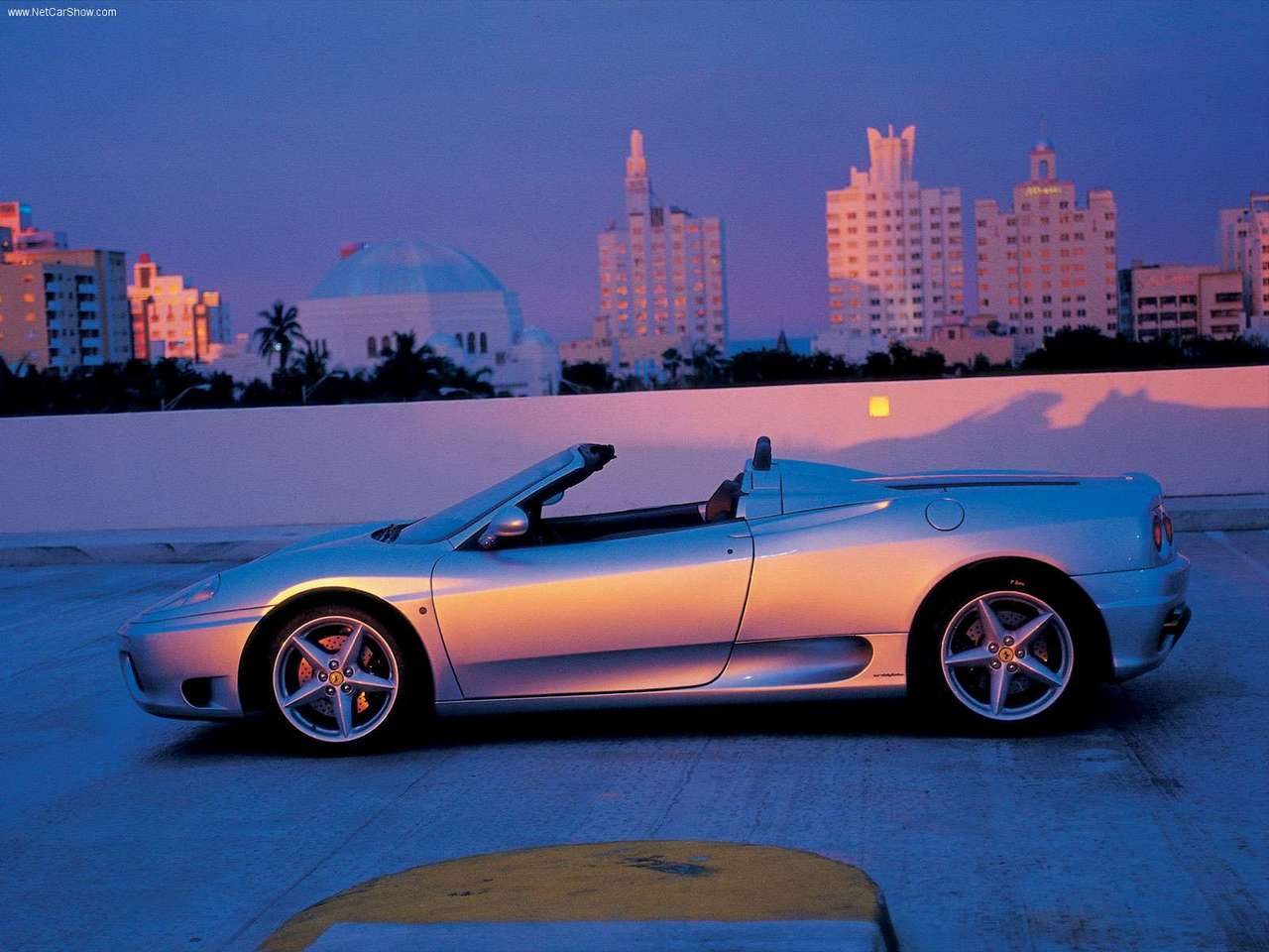 http://4.bp.blogspot.com/-CvDhjIvppLs/TYwmd-f2nOI/AAAAAAAADUw/tCl-0lv_P1E/s1600/Ferrari-360_Spider_2001_1280x960_wallpaper_06.jpg