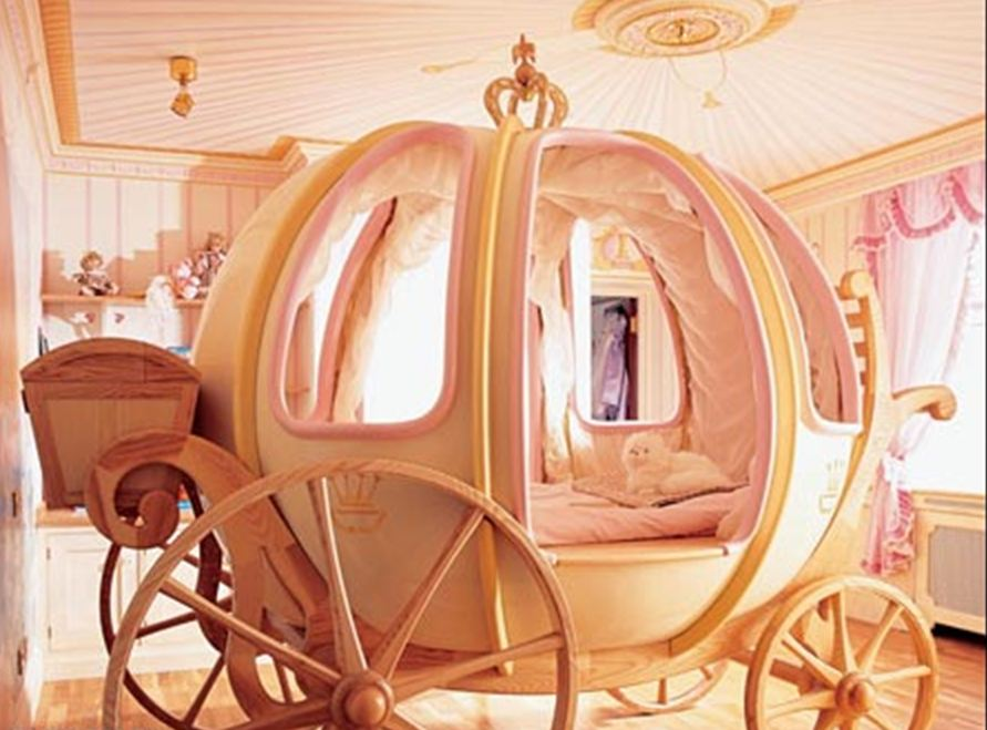 hopskoch Cinderella Bedroom by Mark Wilkinson