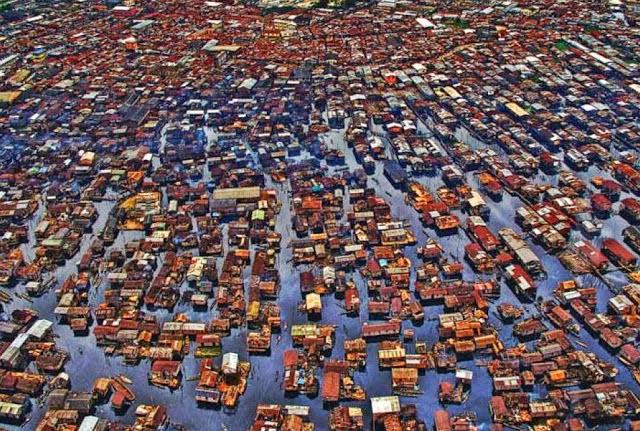 makoko aldea propensa a inundaciones