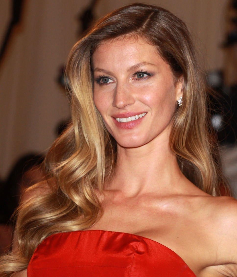 hollywood gisele bundchen profile pictures images and wallpapers. Black Bedroom Furniture Sets. Home Design Ideas