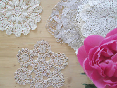 Papier peint vintage à motifs floraux en 25 idées fantastiques - Papier Peint Ancien Fleurs