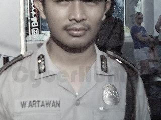 Pak Polisi Juga Manusia