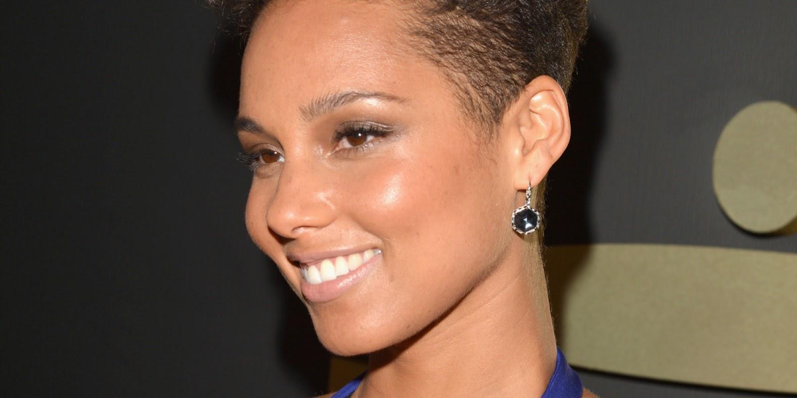 Alicia Keys Hairstyles 2014