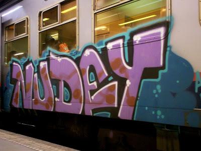 graffiti nudey