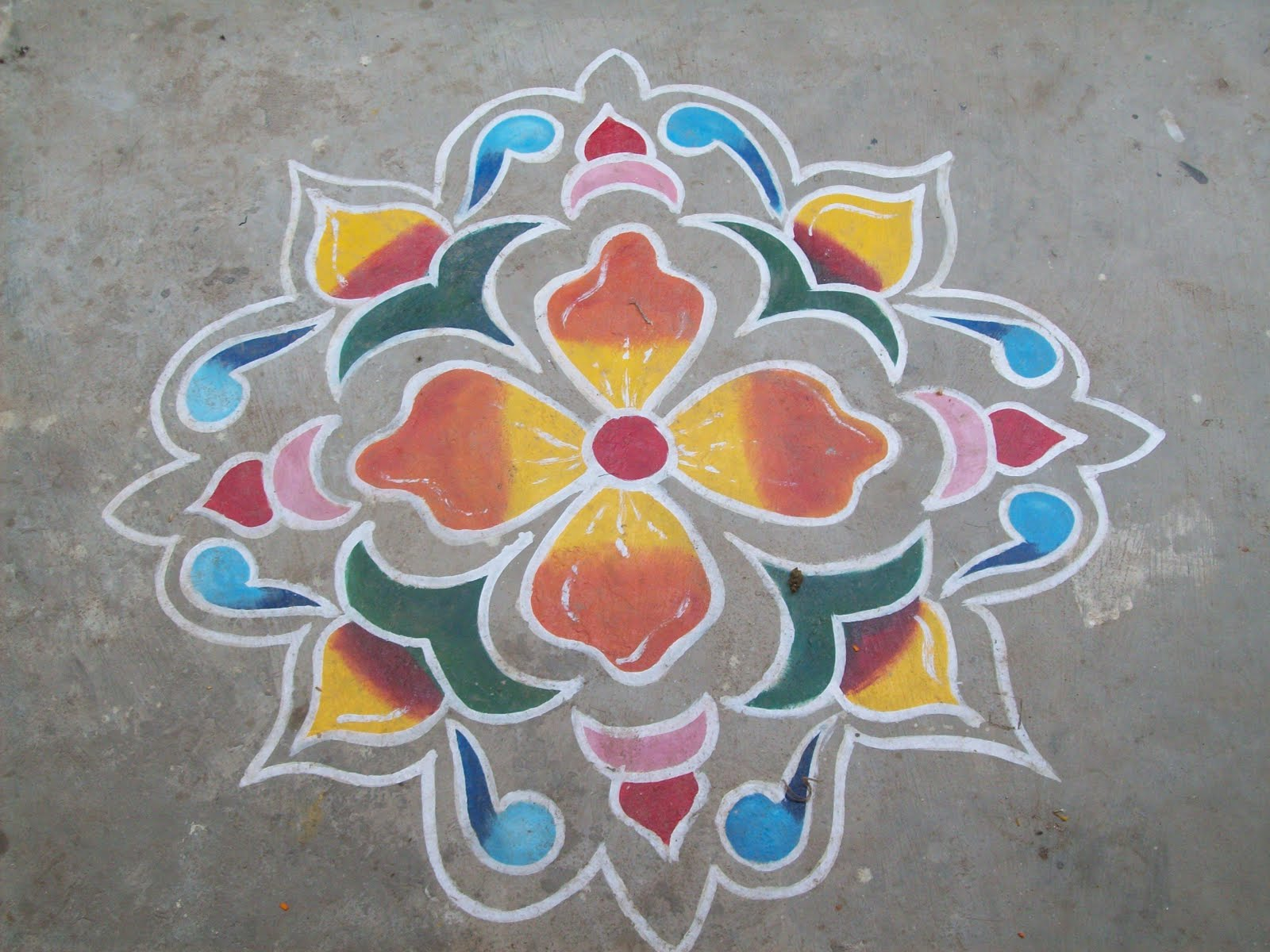 Times4News: Latest Rangoli Design For this Diwali 2011 | Gadget Review