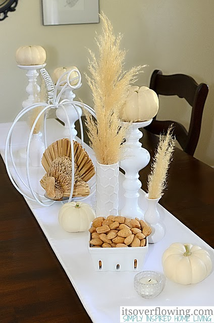 http://www.itsoverflowing.com/2012/10/thanksgiving-table-centerpieces/