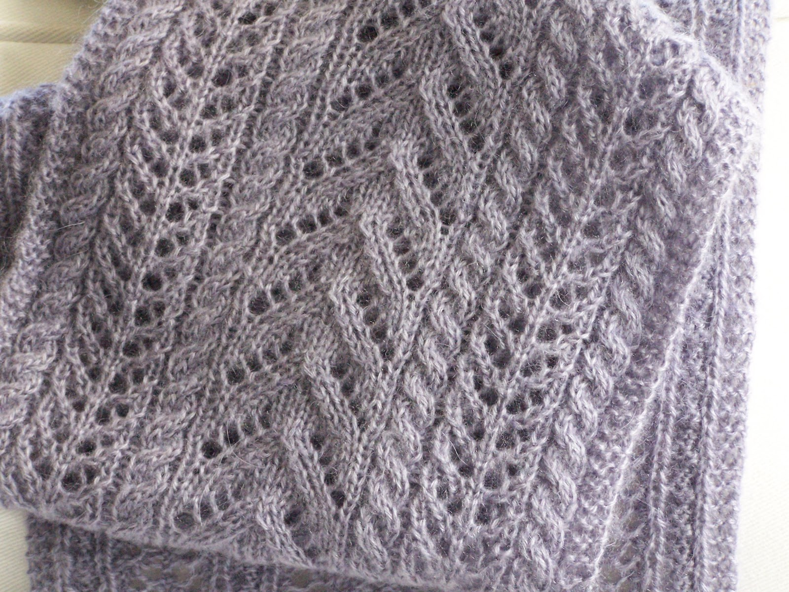 Simple Lace Knitting Pattern For Scarf : Delorme Designs: NEW SCARF PATTERN! FINALLY!!!