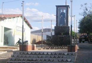 PRAÇA DO PADRE CICERO BONITO DE SANTA FE PB