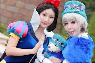 Disney Snow White Cosplay by Koyuki 3