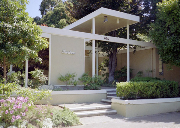 White floors joseph eichler american mid century modern homes for Mid century modern home builders