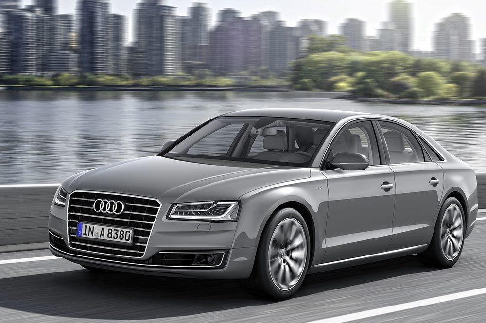 novo Audi A8 2014