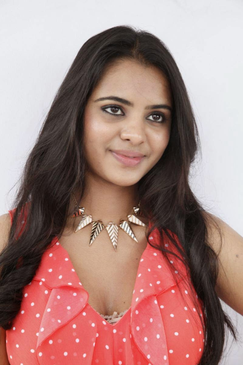 MANASA SHORT FILM ACTRESS PICS