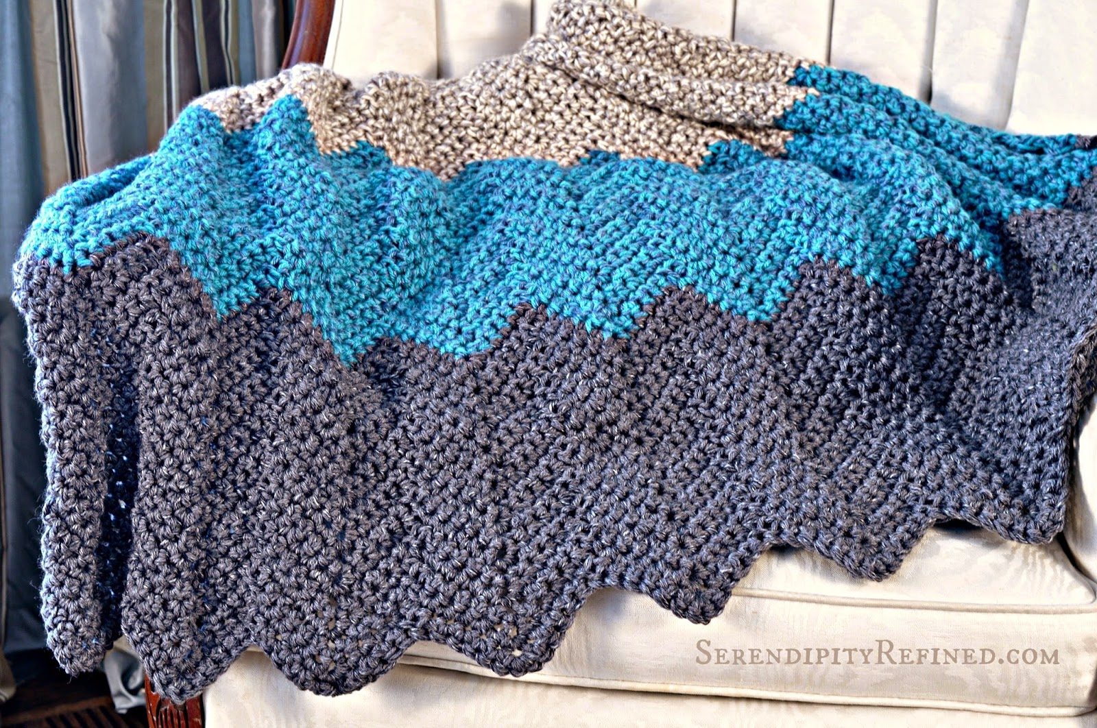 Beginner Crochet Ripple Afghan Pattern : Serendipity Refined Blog: Easy Crochet Throw Blanket Pattern