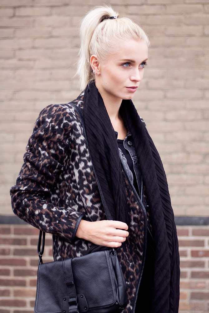 Fashion Attacks outfit ootd leopard blond high ponytail