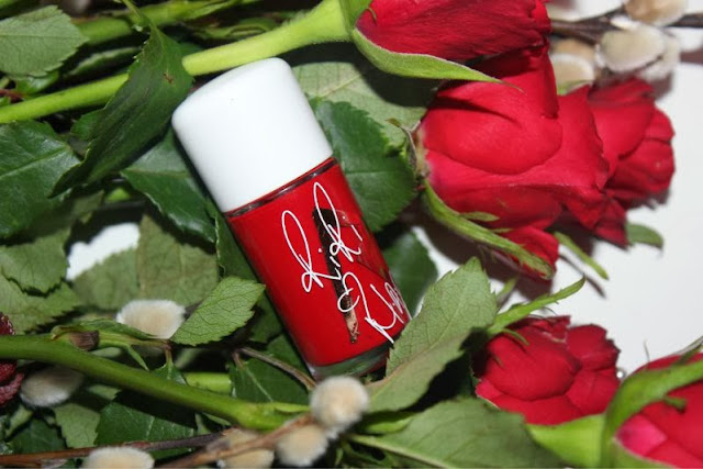 MAC RiRi Hearts Holiday RiRi Woo Nail Lacquer