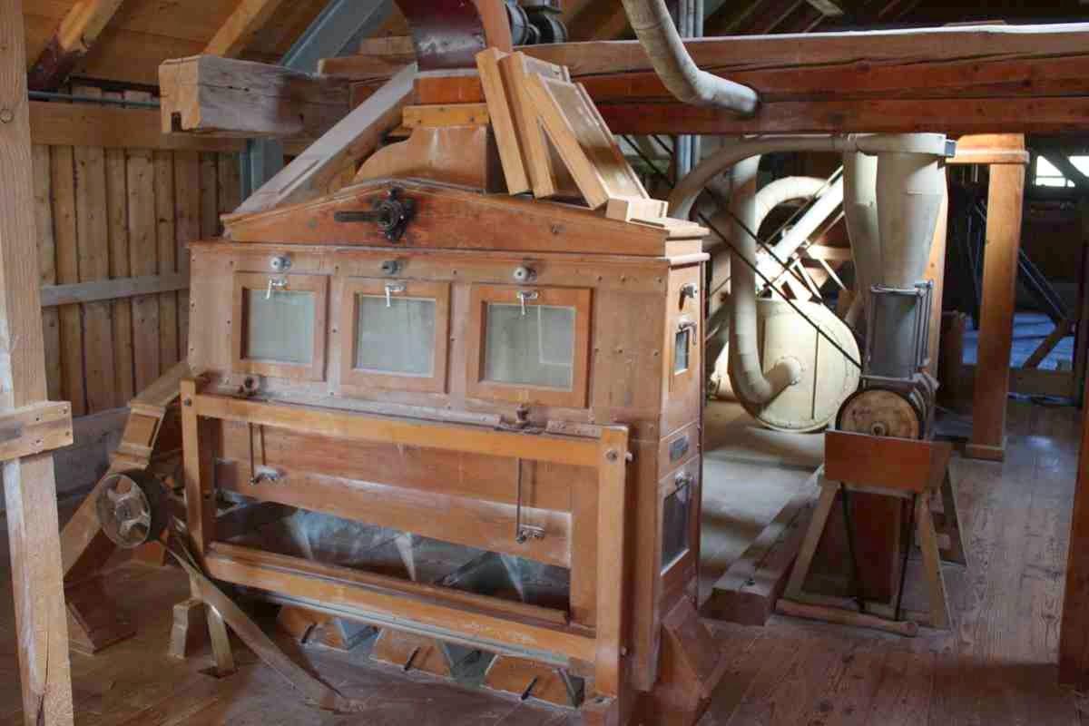 In der Fuchsmühle wird Mehl gemahlen wie zu Großvaters Zeiten
