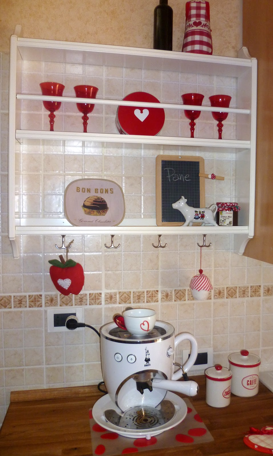 100 love kitchen cucina country for Piattaia ikea