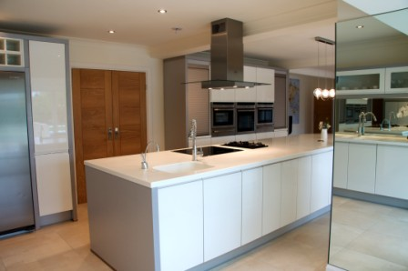 Modern kitchen design kitchen solutions kent german for German kitchen sinks