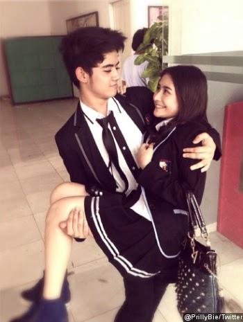 Foto Romantis Aliando dengan Prilly