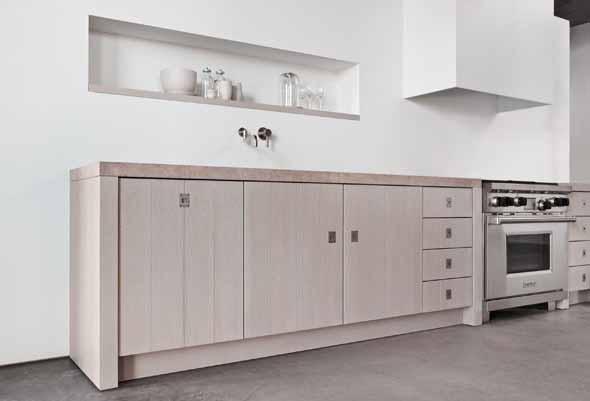 Desain Dapur Putih Eegan Dari Piet Boon