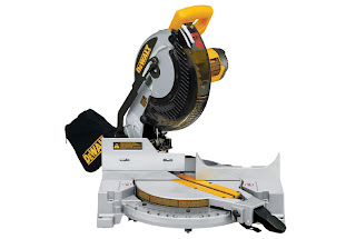 the dewalt 713 compound miter saw