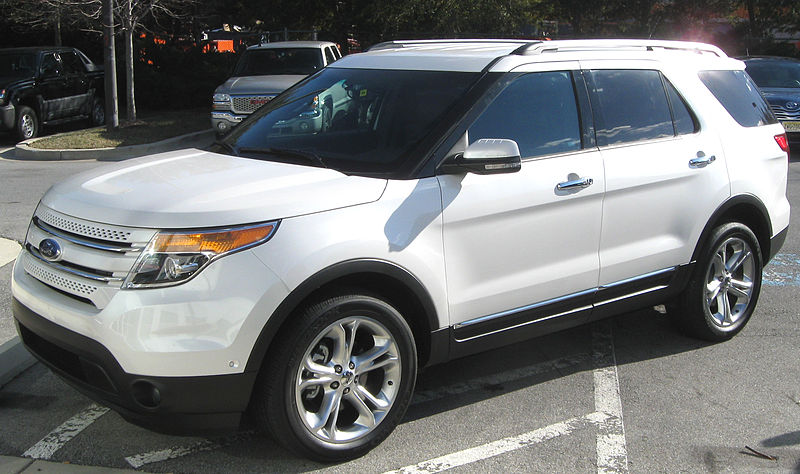 ford escape xlt with Las 10 Mejores Camio As Para Salir De on Quick Review 2015 Ford Escape Se Ecoboost further Watch additionally Don T Panic  mon Dashboard Warnings You Need To Know Part 1 besides Mazda Tribute Cars in addition 4 6l 5 4l Ford Rebuild Cheat Sheet Selecting Parts.