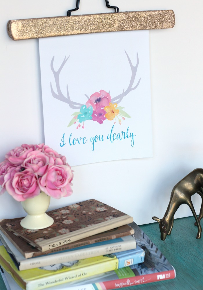 "Free ""I Love You Dearly"" Printable--Hang in a gallery wall grouping or nursery or display it on a Valentine mantel! pitterandglink.com"
