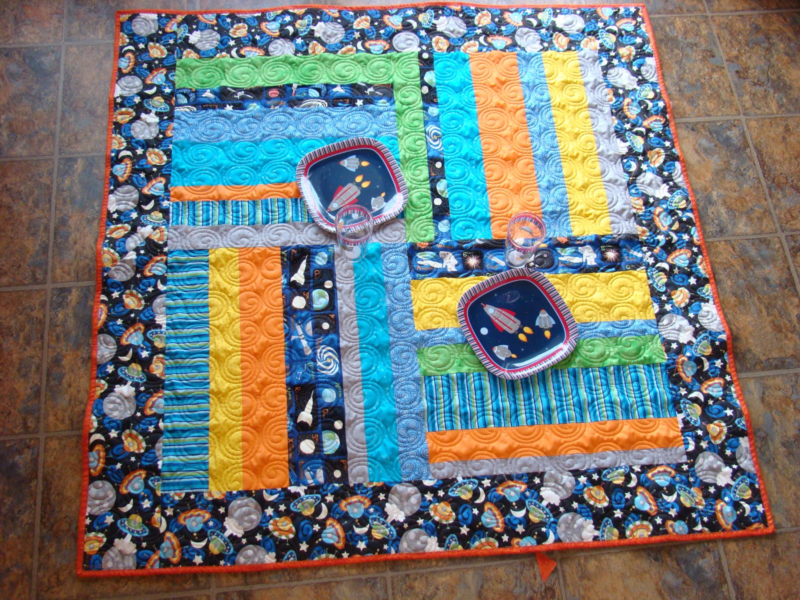 Mandie and me designs jenny 39 s picnic quilt for Outer space quilt patterns