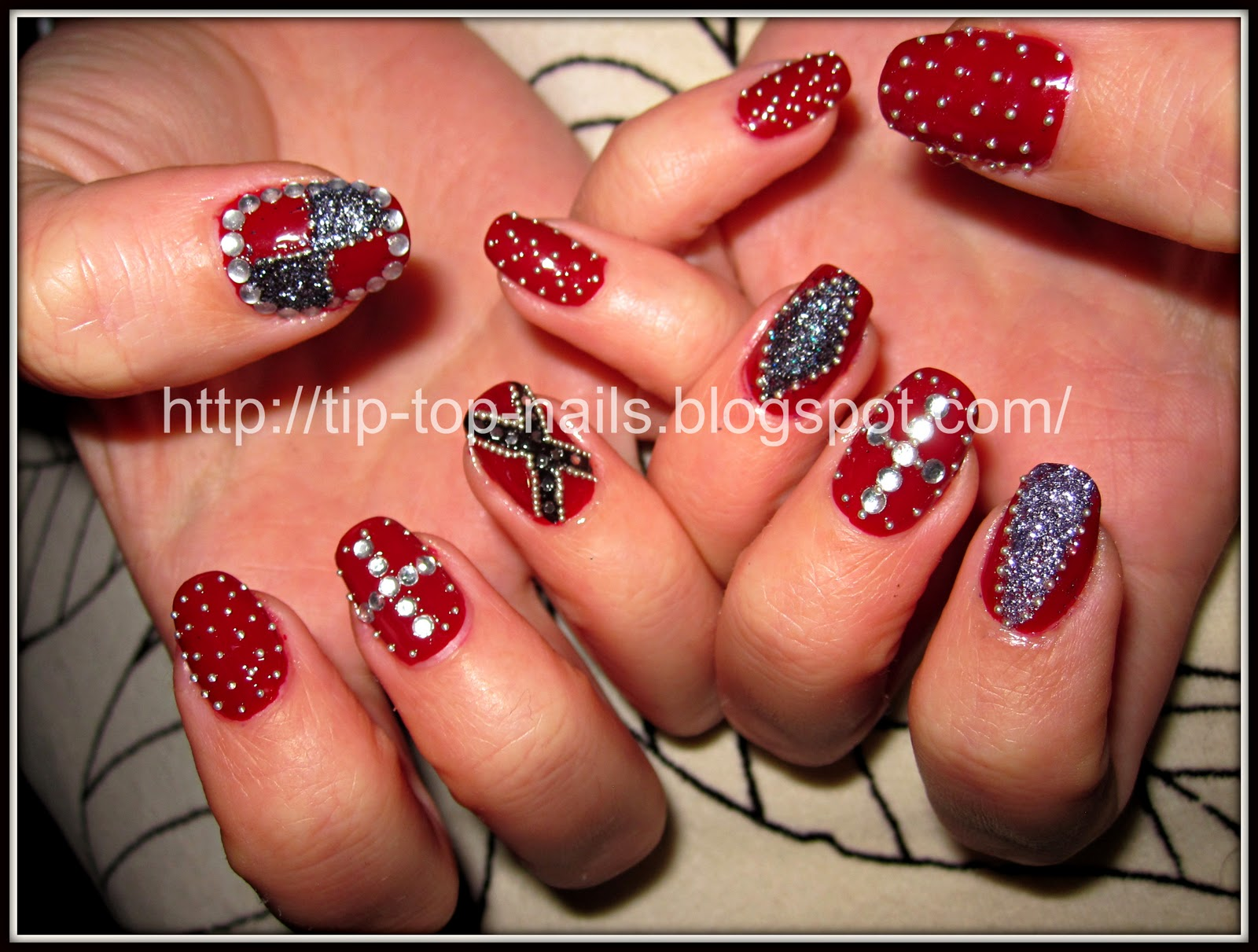 Nail art for new years beautify themselves with sweet nails new years eve nail art tip top nails prinsesfo Gallery