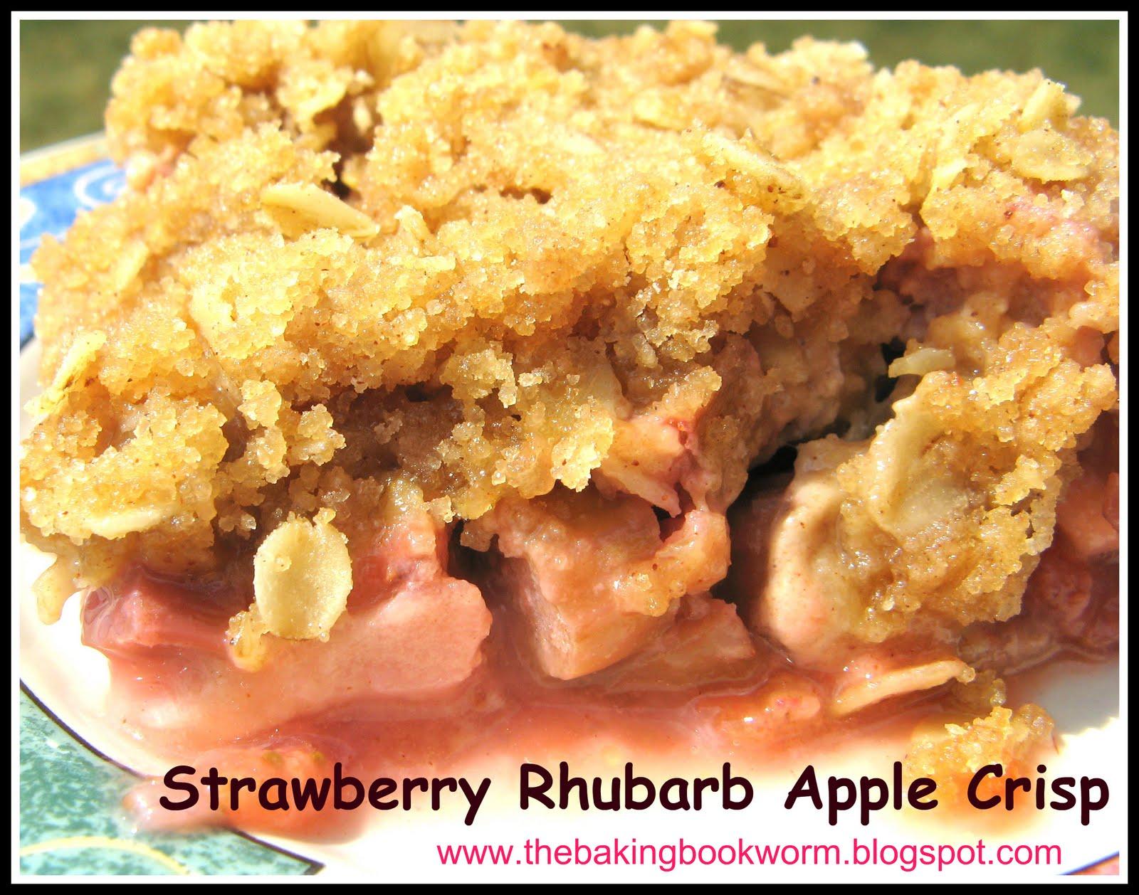 The Baking Bookworm: Strawberry Rhubarb Apple Crisp