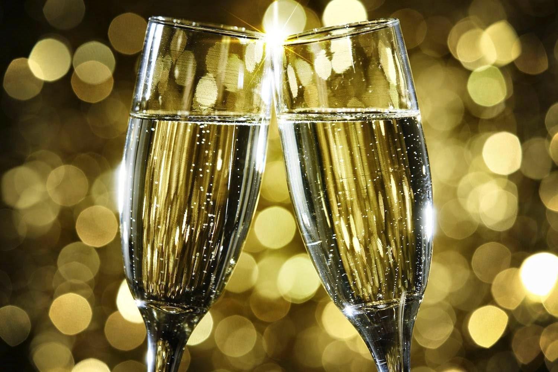 Шампанского в задний проход 14 фотография