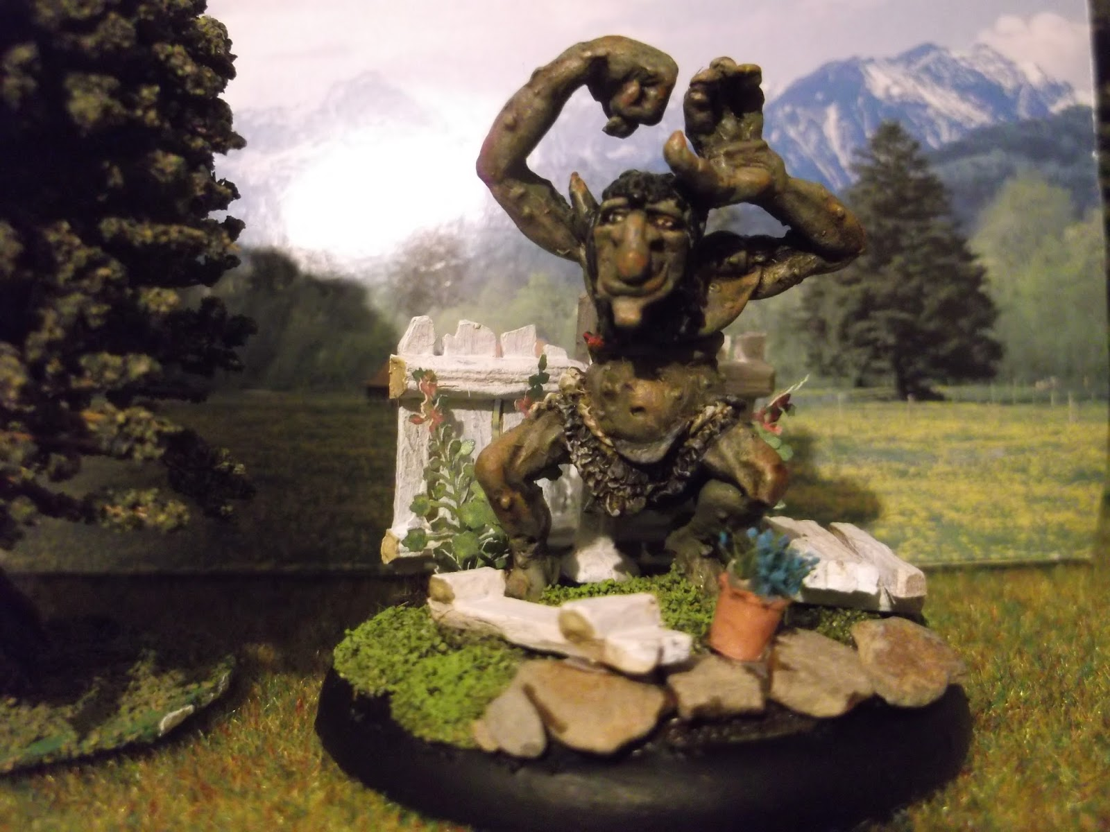 goblin lee 39 s miniatures blog there 39 s a troll in the garden