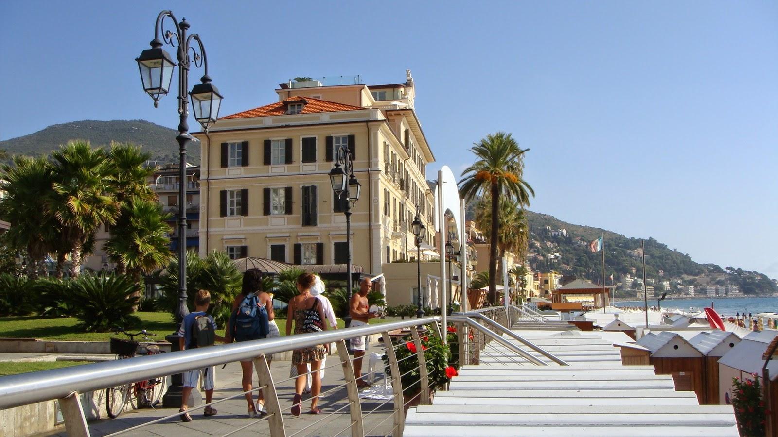 Alassio blumenriviera italien for Design budget hotel salinenparc 0 sterne
