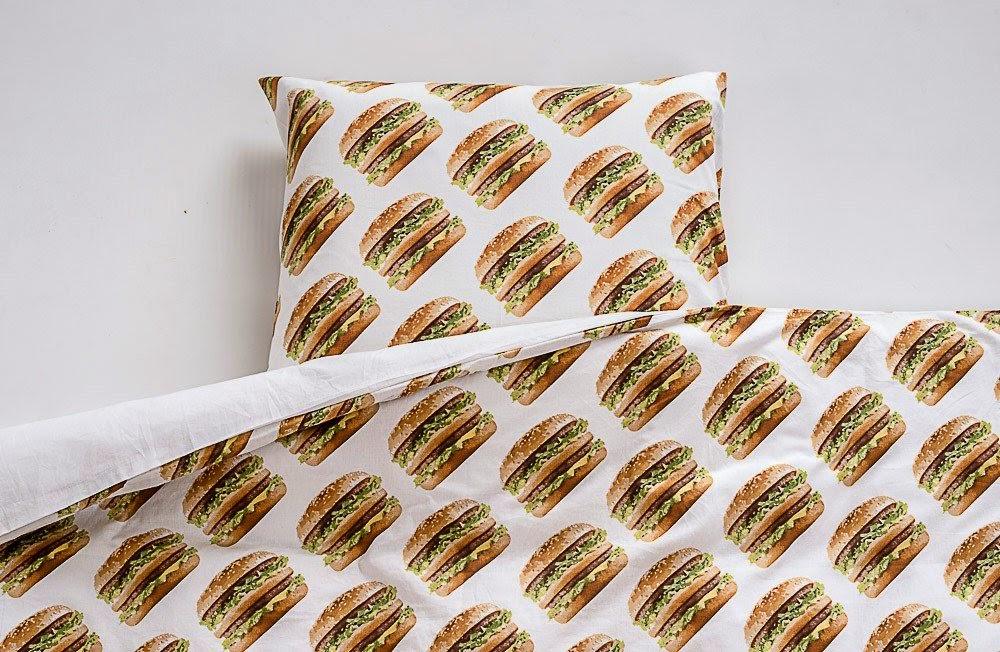 McWalk - Linha de roupa e produtos para o lar da McDonalds