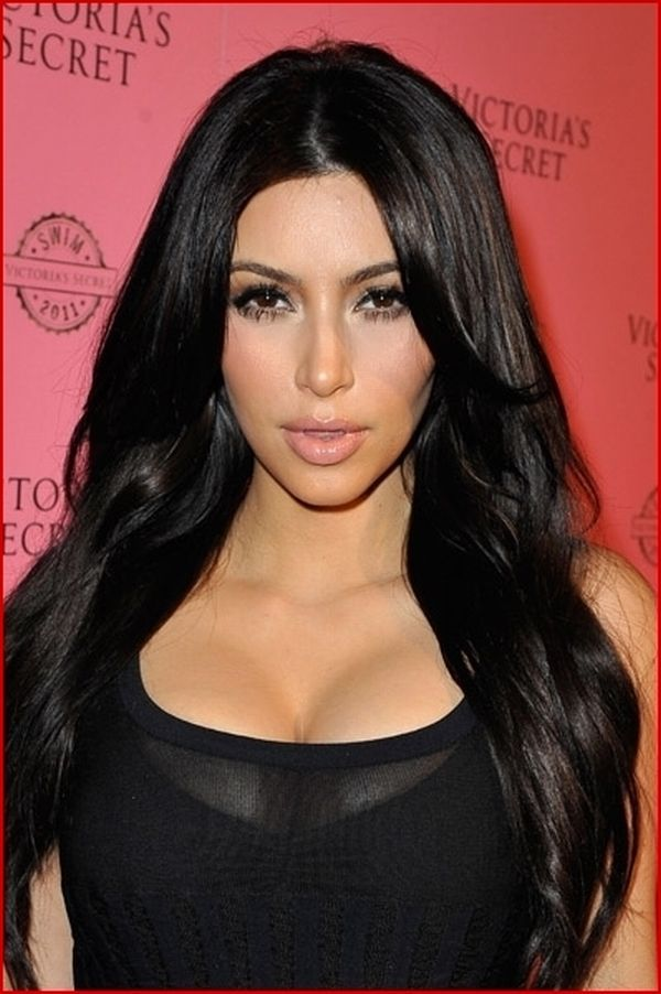 Mie Christiansen: How to look and act like Kim Kardashian!