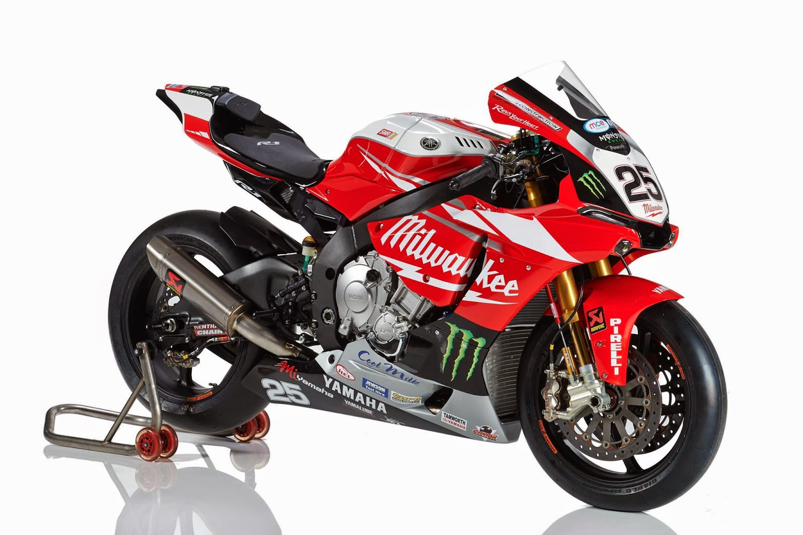 racing caf yamaha yzf r1 bsb team milwaukee yamaha 2015. Black Bedroom Furniture Sets. Home Design Ideas