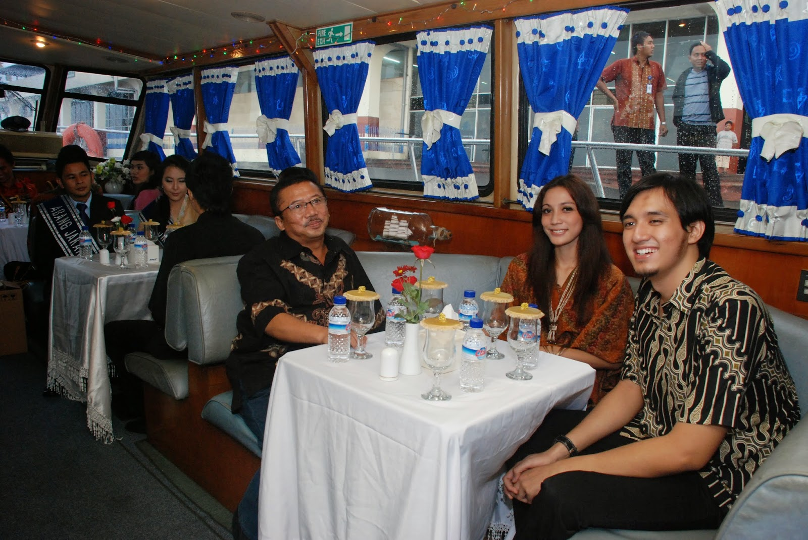 Gala Dinner di Artama Harbour Cruise (VIP Room)