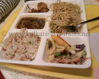 chinese Vegetarian thali noodles fried rice at haldiram's chowringhee Rabindra Sadan