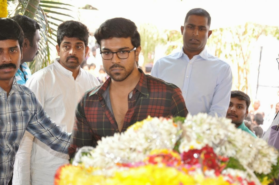Celebs Pay Homage to Rama Naidu-HQ-Photo-5