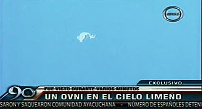 Morphing UFO Stuns Witnesses; News Cameraman Captures Object on Video 5-30-13