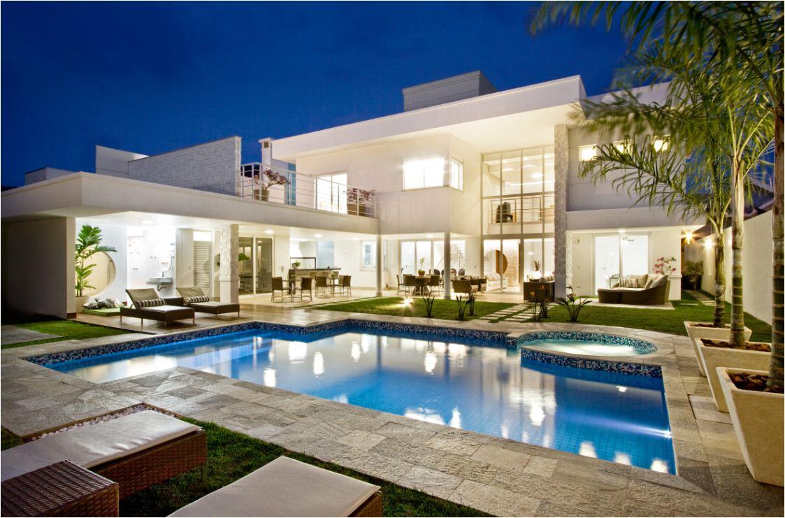 Casas de lujo exterior for Casas modernas fachadas bonitas