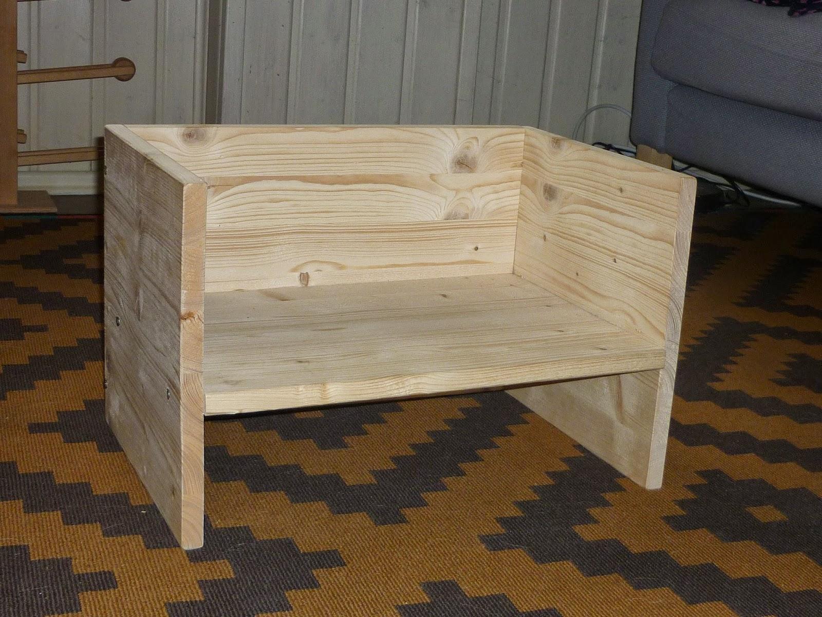 Emmi und ich: Pikler-Möbelstück zum selber bauen