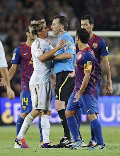 Árbitro que pitará el Real Madrid Vs Barcelona 2011