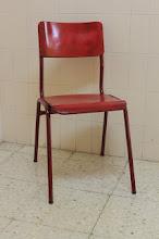A cadeira vermella