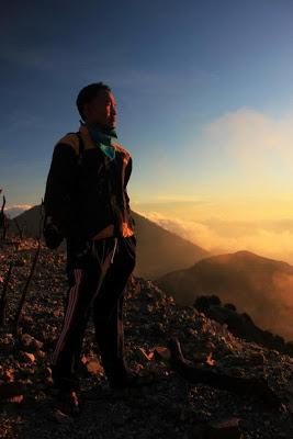 Backpaker Ke Gunung Papandayan