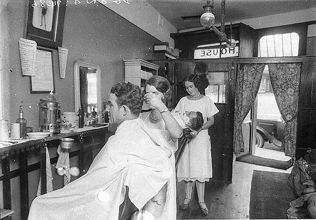 Two of the first female men's barbers, Miss Dolly House and her sister ...