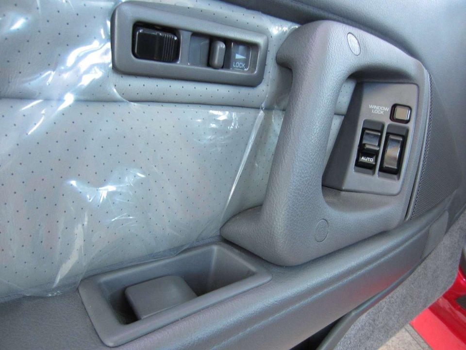 1990-Toyota-Supra-Coupe-13.jpeg
