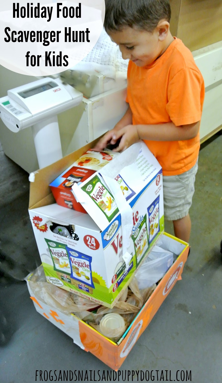 Holiday Food Scavenger Hunt for Kids with free printable on FSPDT