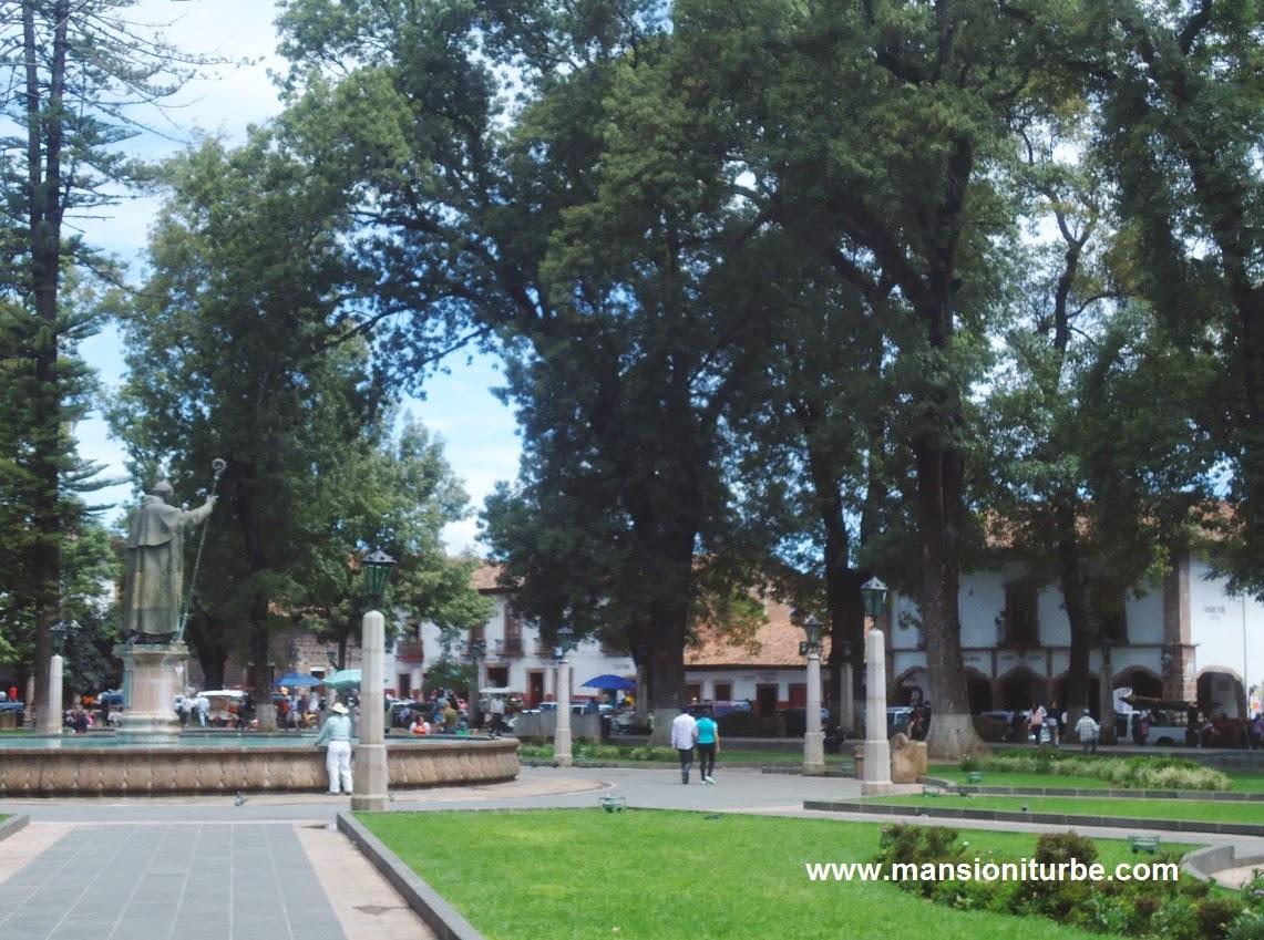 Plaza Vasco de Quiroga en Pátzcuaro, Michoacán
