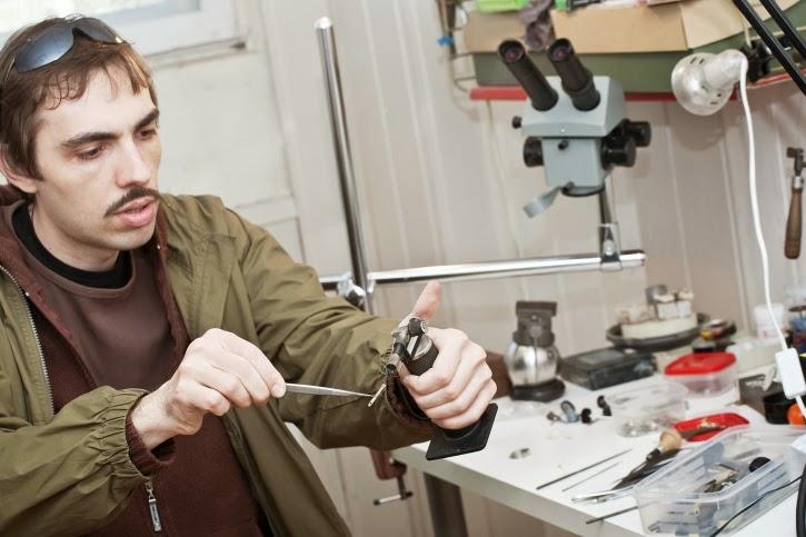 Jewelry manufacturing jewelry